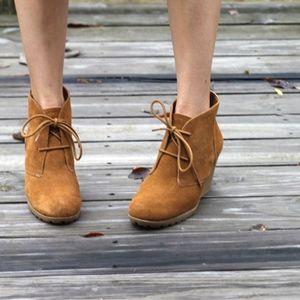 Toms suede desert booties - size 9.5